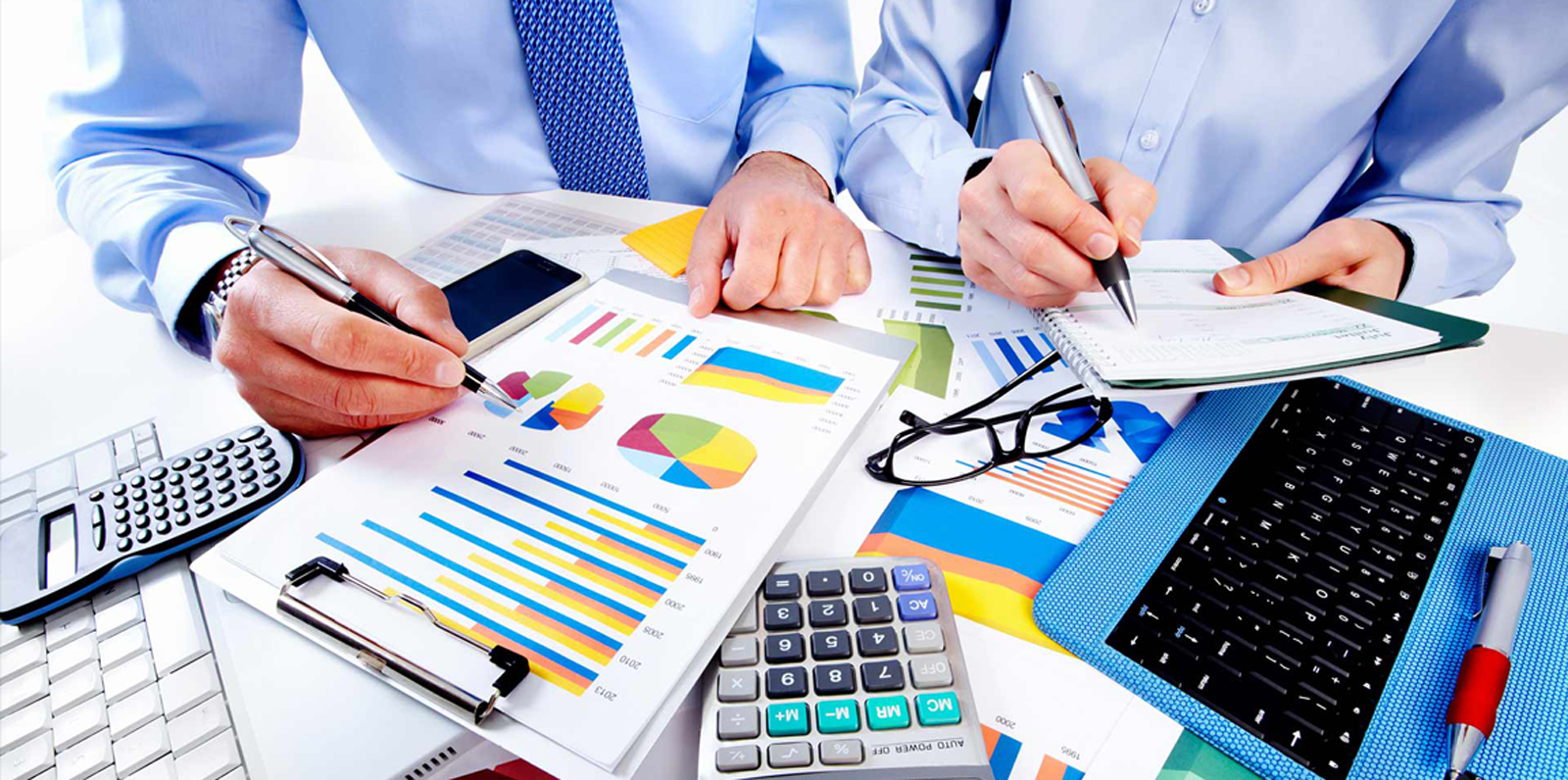 5 Reasons Why Your Business Needs to Hire an Accountant